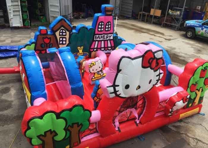 China Patio inflable del niño del Hello Kitty con la diapositiva, castillo animoso adulto comercial fábrica